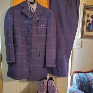 Men Suit and Shoes Ties Shirt